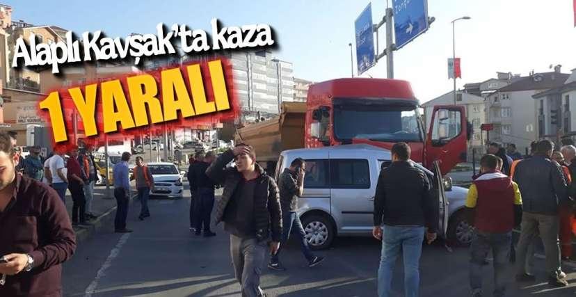 ALAPLI KAVŞAK'TA KAZA !.