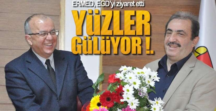 HEPİMİZ AYNI GEMİDEYİZ !.